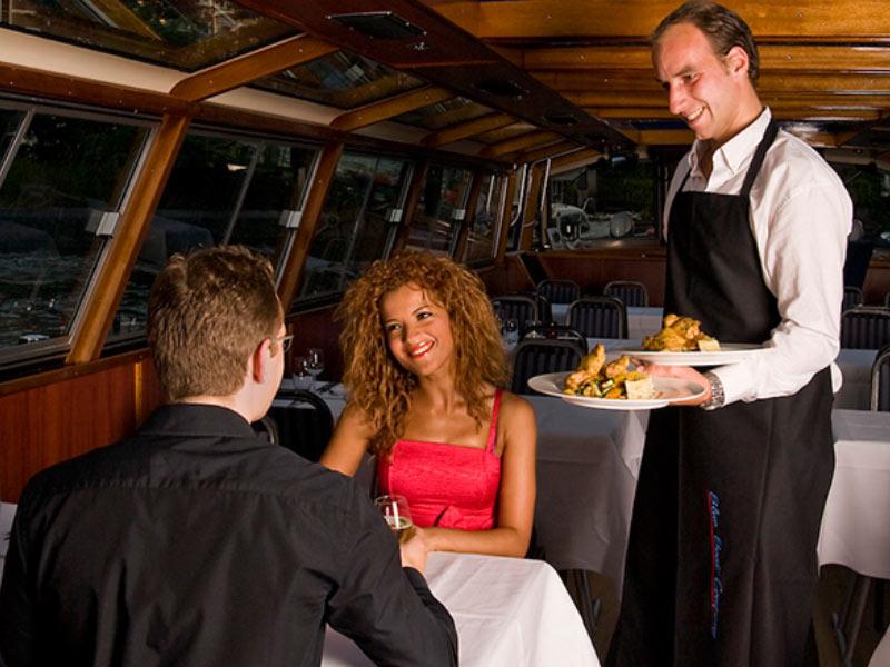 tour en benelux cena romantica en el canal