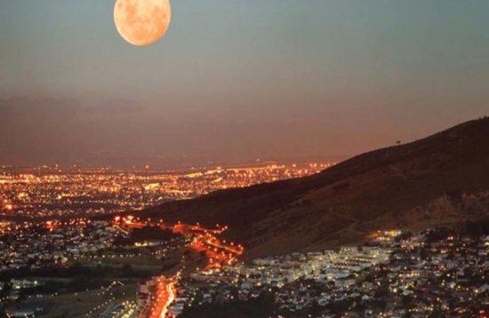 tour en sudafrica panoramico luna llena