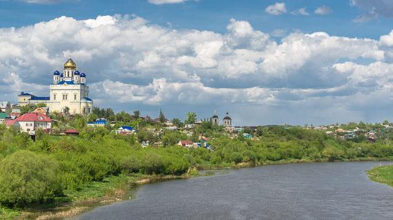 tour por el rio bystraya rusia